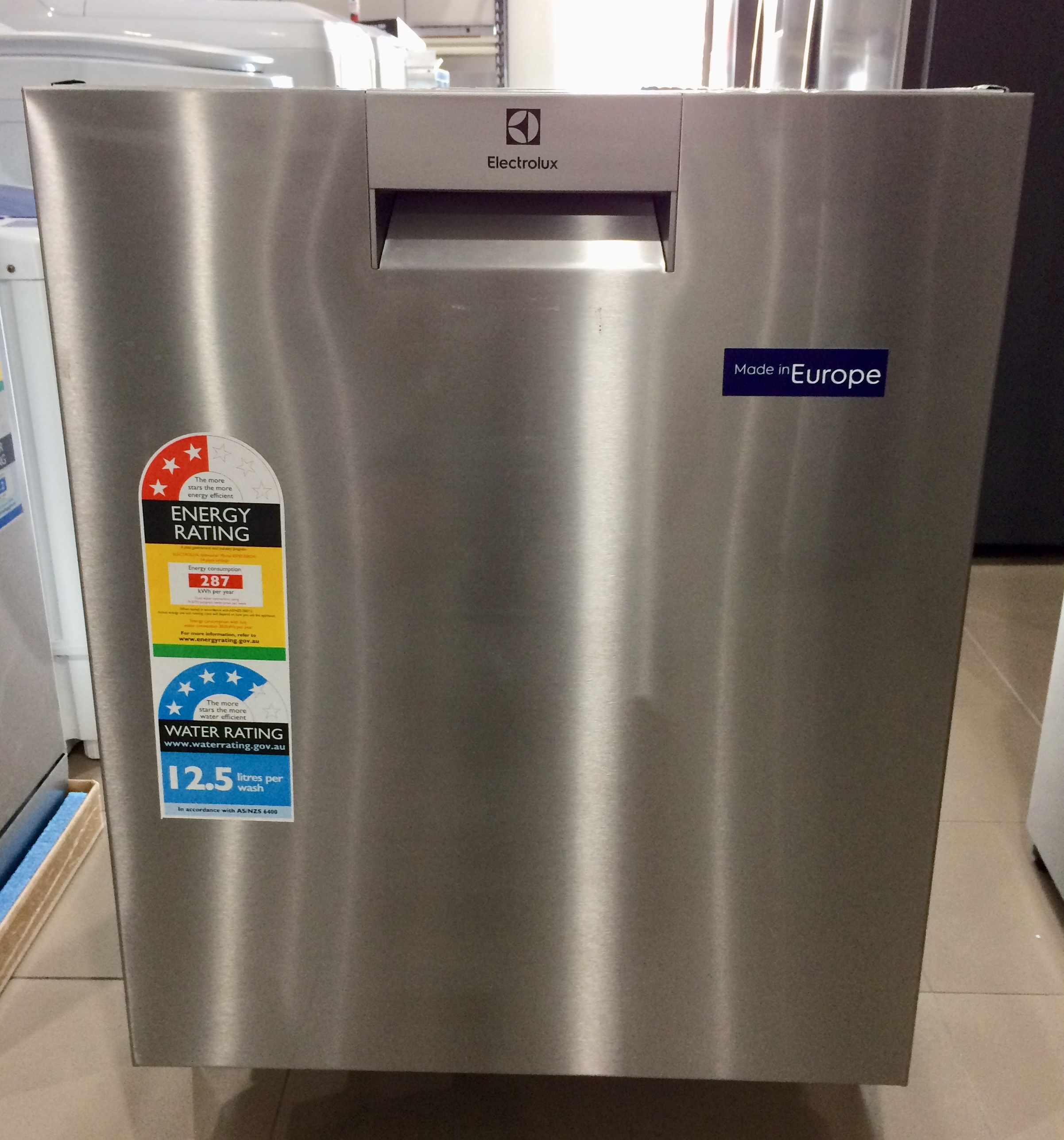 Electrolux Esf8735rox B Dishwasher Electrolux Factory Seconds In